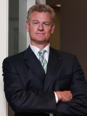 Robert W. Tormohlen